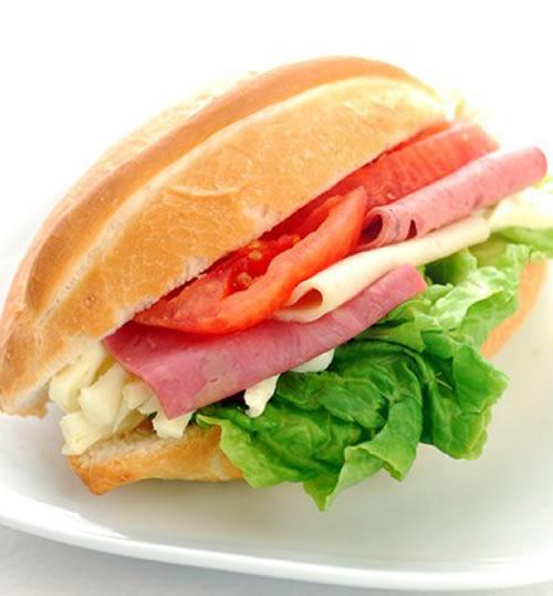Salam & Peynirli Soğuk Sandviç